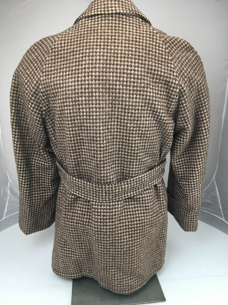 Vtg-1950s-Belted-Coat-Norfolk-Jacket-Quilted-Lining-_57 (1)
