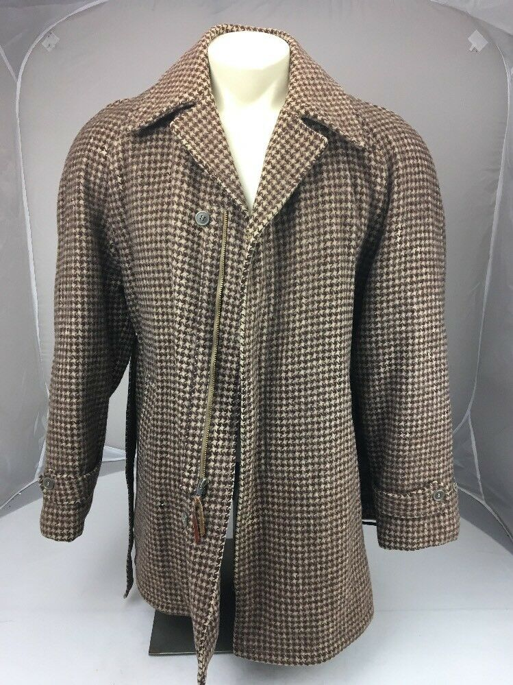 Vtg-1950s-Belted-Coat-Norfolk-Jacket-Quilted-Lining-_57
