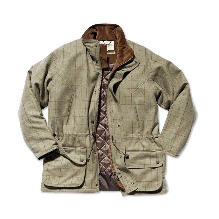 Le coté chasse est alors plus affirmé et il faut assumer, à notre sens cela peut tout aussi bien magnifier une tenue mais aussi limiter sa polyvalence.