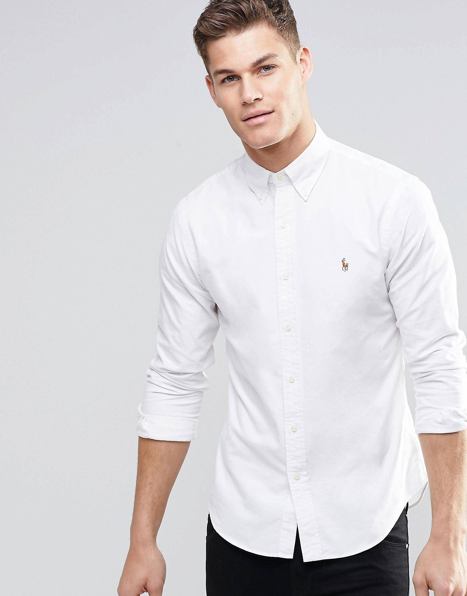 La chemise classique est devenue pour beaucoup le « t-shirt des grandes occasions ».