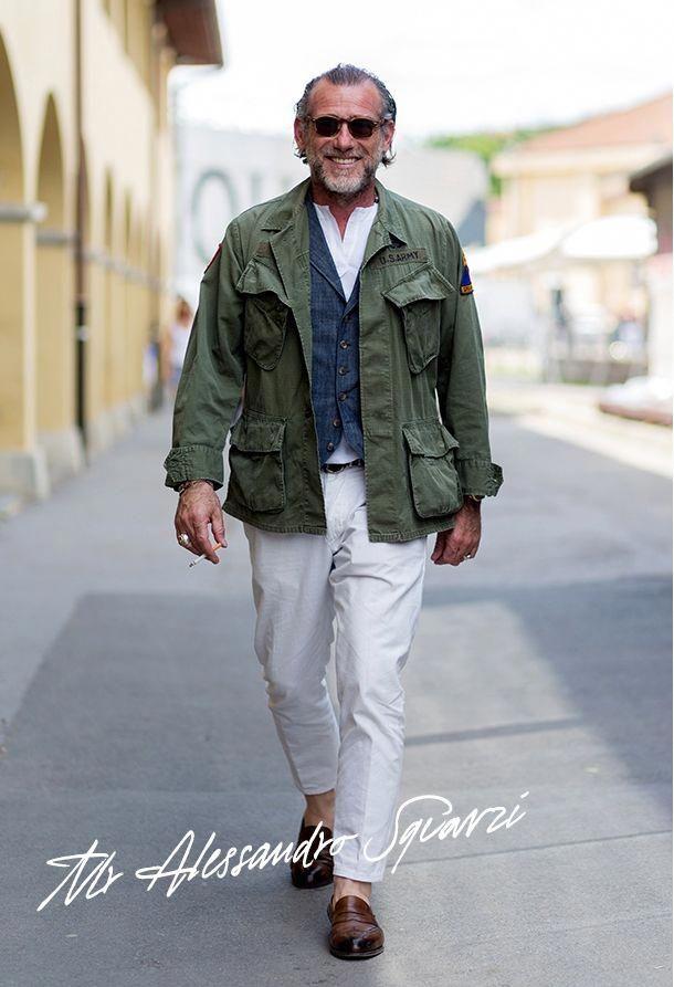 Ces modèles sont très appréciés en Italie, notamment le combo avec pantalon blanc. Source : Alessandro Squarzi