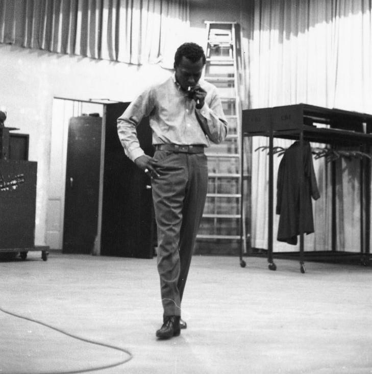 Pourtant, Miles Davis avait un corps pour le moins harmonieux.