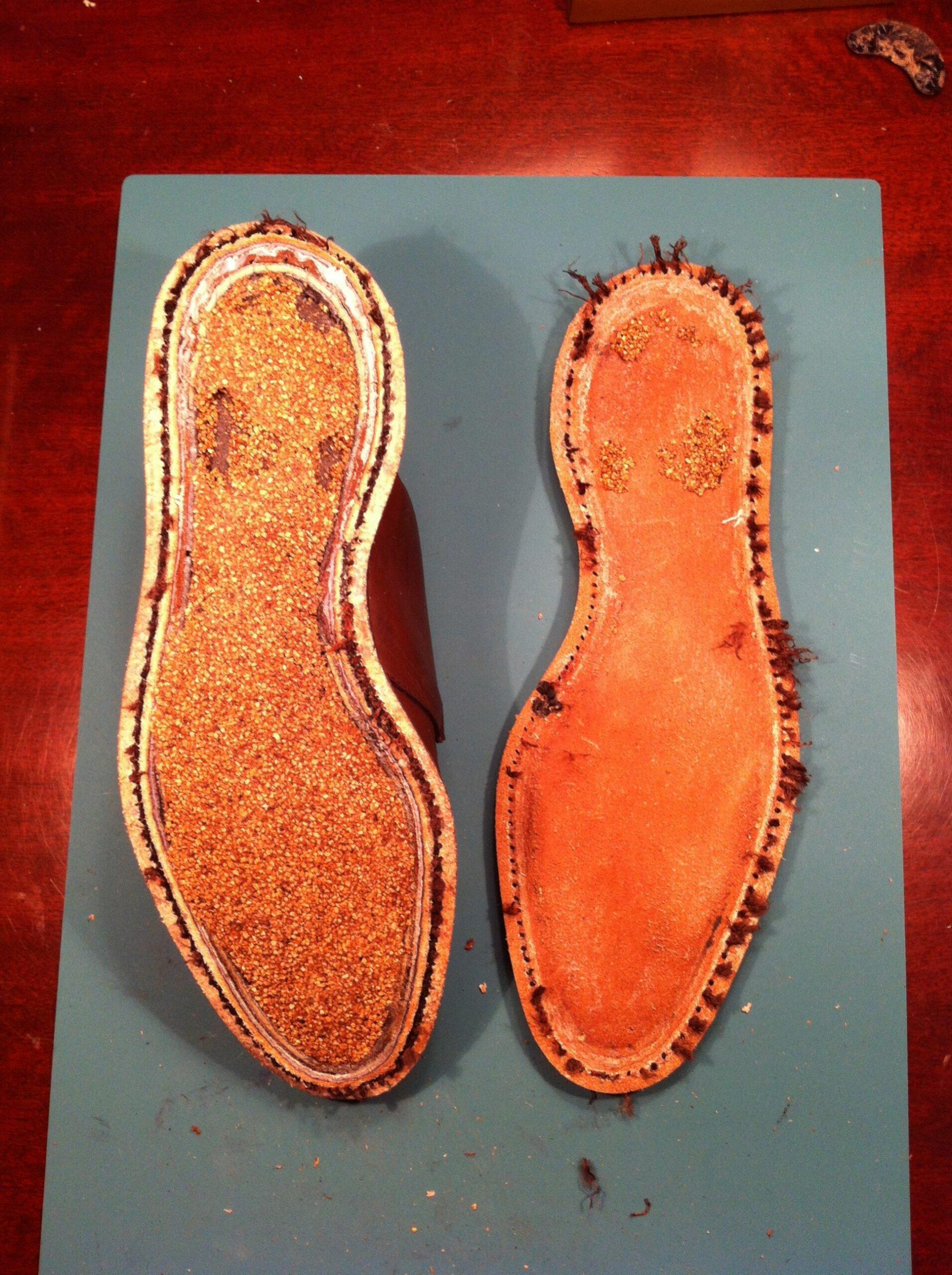 Cousu baraquette sur une paire d'Allen Edmonds, la couture fait le tour du talon. (Source : Reddit)