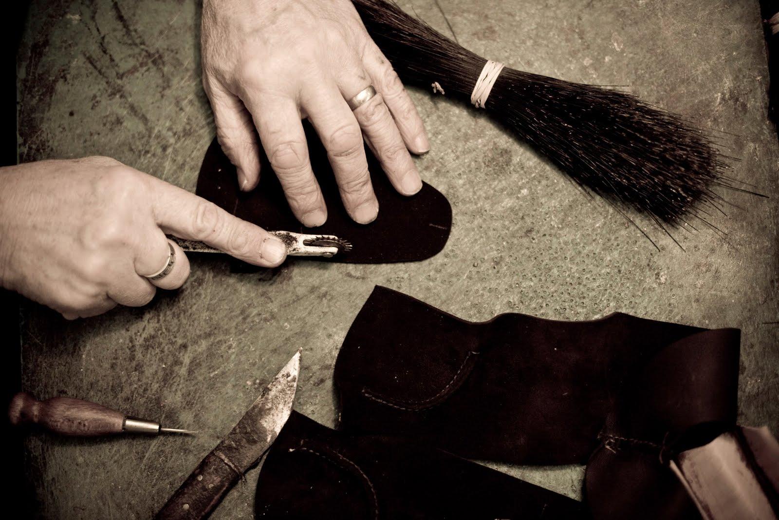 Le genre d'image que les marques aiment mettre sur le site pour se la jouer tradition et artisanat. (Source : Tassels)