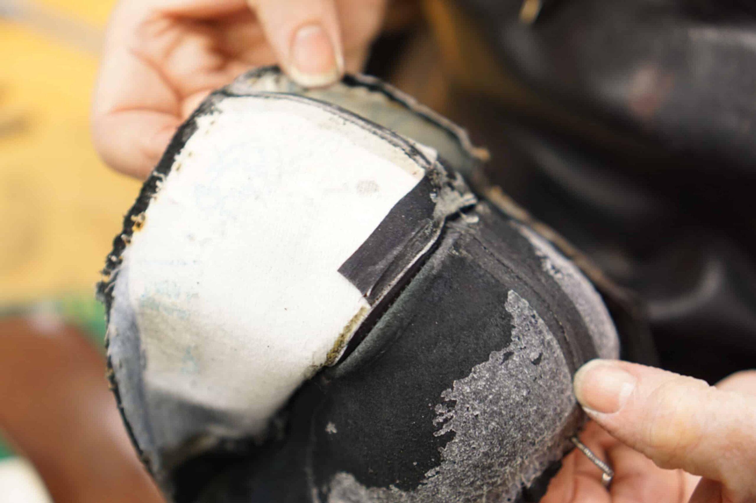 Un contrefort thermocollé sur une paire de Loake. (Source : Shoegazing)