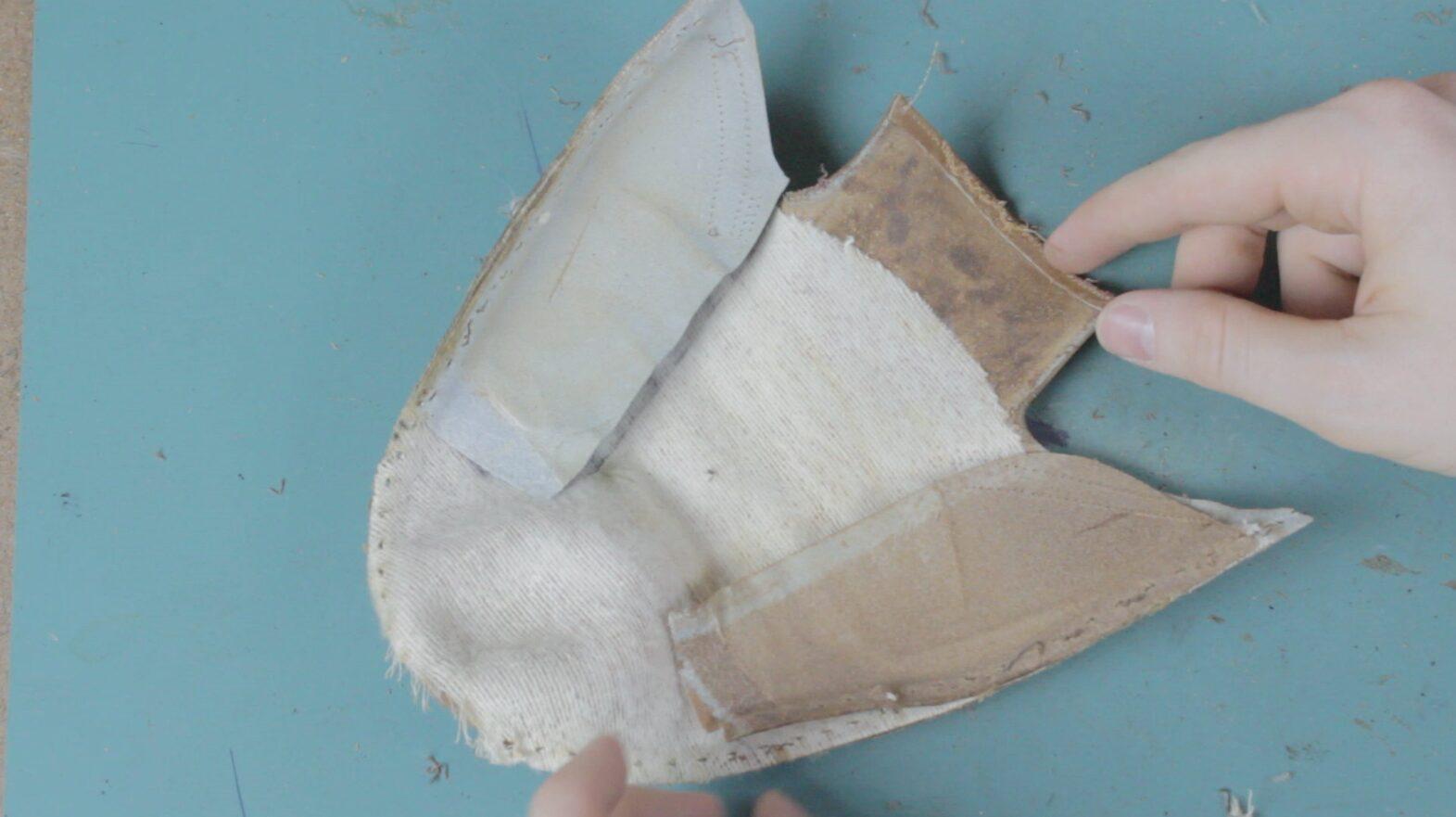 Ailettes de renfort en cuir sur une paire d'Edward Green. Il s'agit de l'une des rares marques à en utiliser. (Source : Lordpoint)