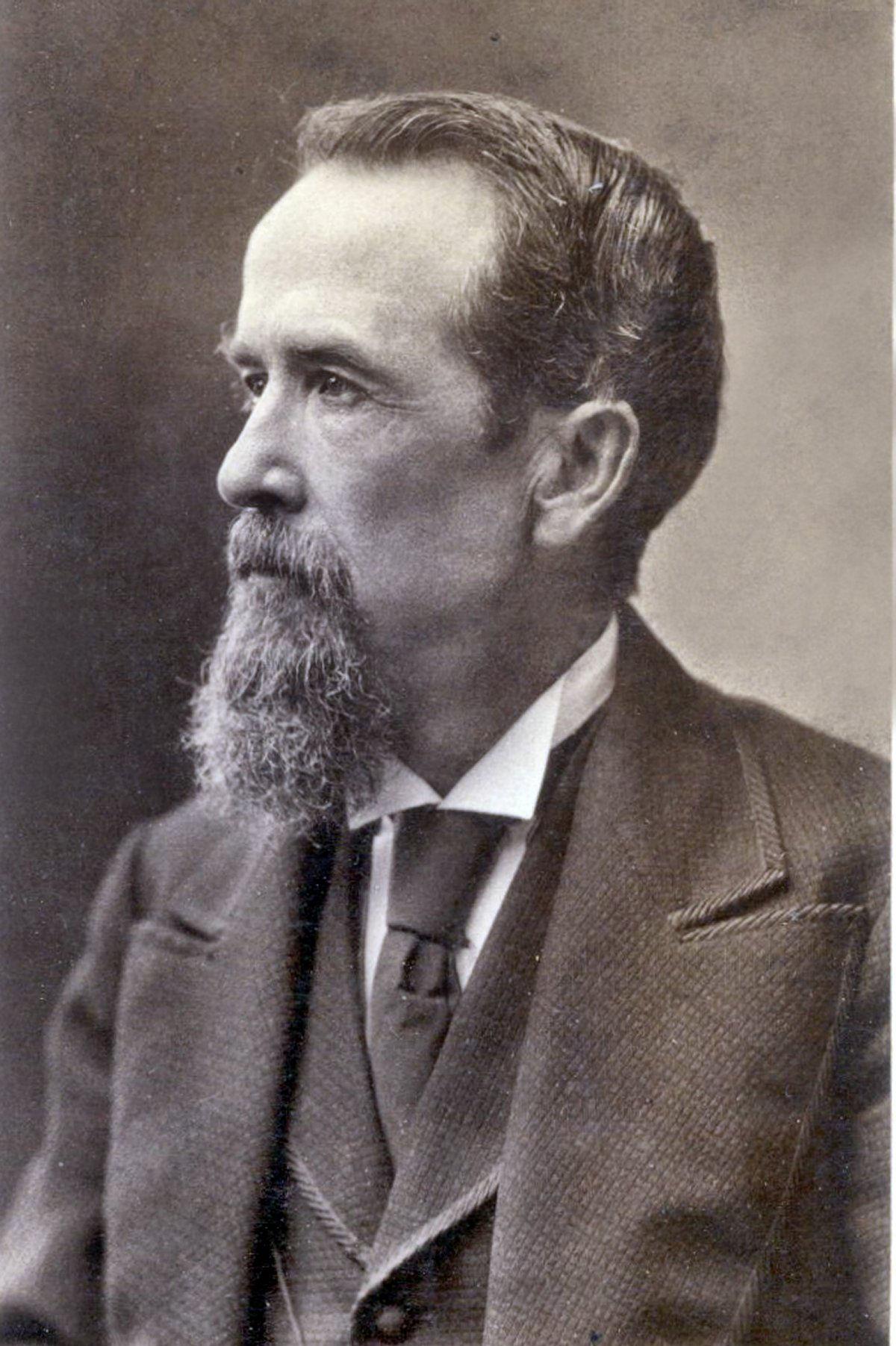 """Une photo datant de 1890 illustrant le """"four-in-hand"""". La différence avec la cravate moderne tient surtout dans le processus de fabrication.  (Source: photosmadeperfect)"""