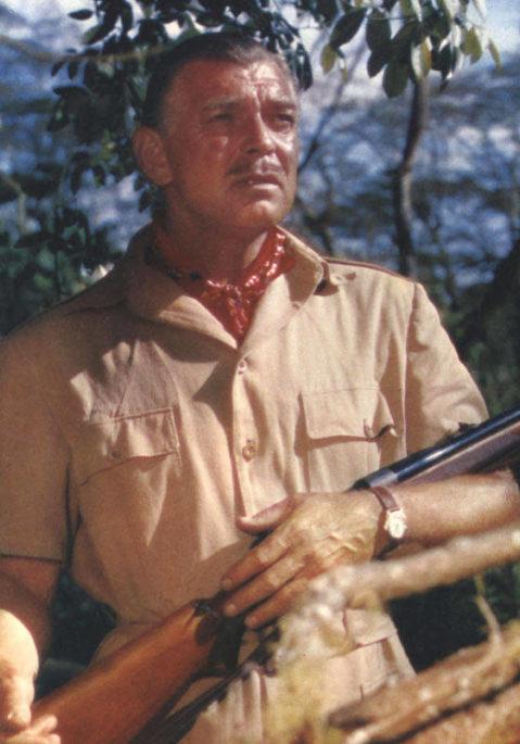 Le fusil est le seul bijoux acceptable pour un homme. On laisse les bracelets aux ritals et les boutons de manchettes aux ploucs de la défense.